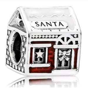 Pandora Santa's Grotto Charm